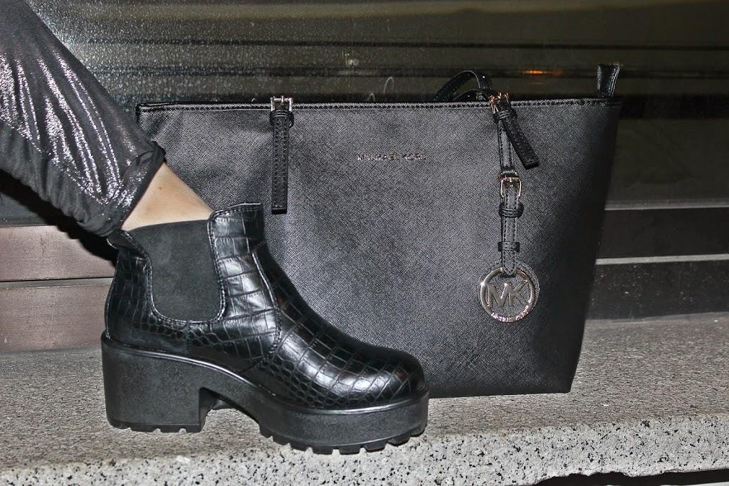 deichamann-beatles-calzature-michaelkors-travelbag