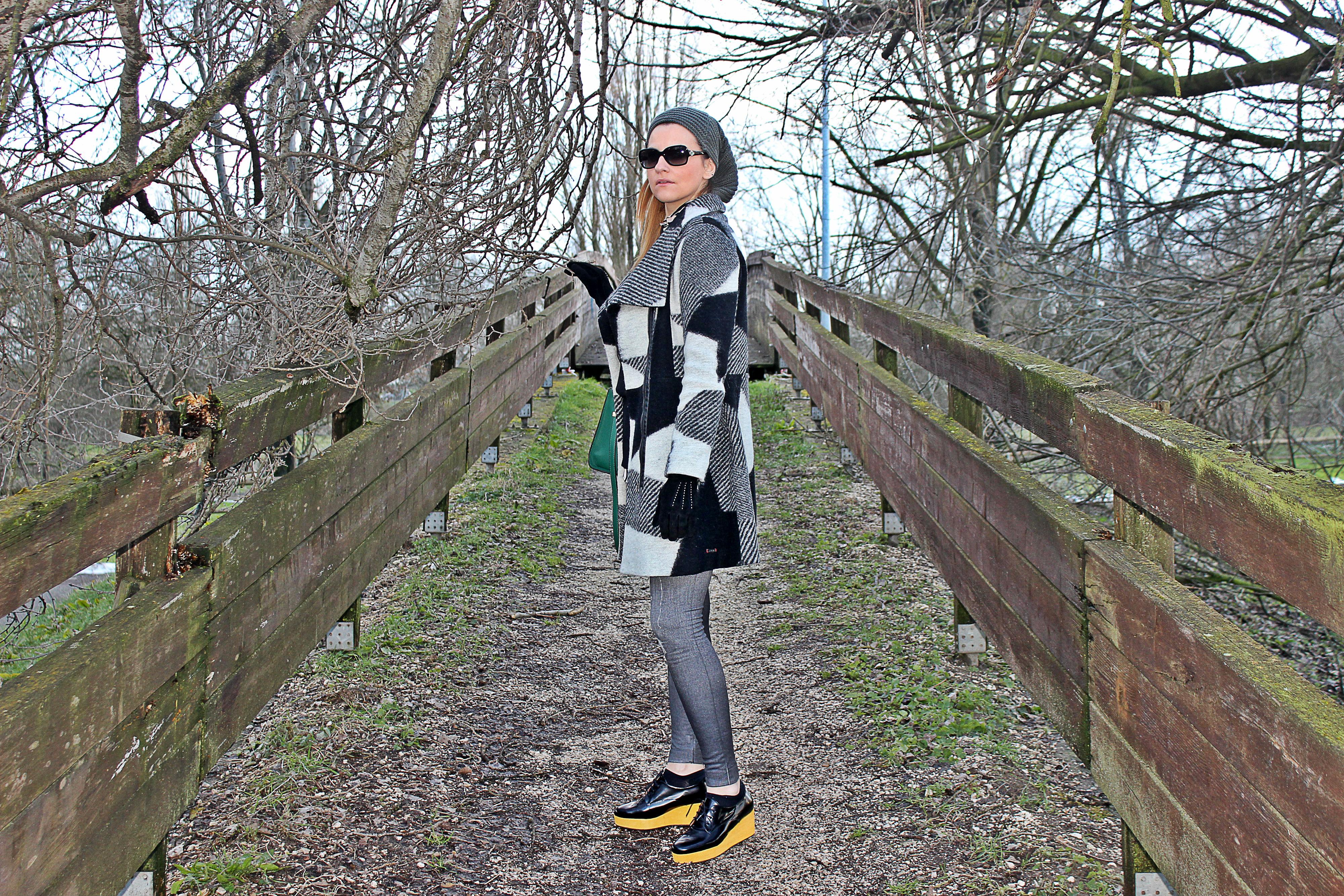 CASTANER-SHOES-DESIGUAL-COAT-outfit2