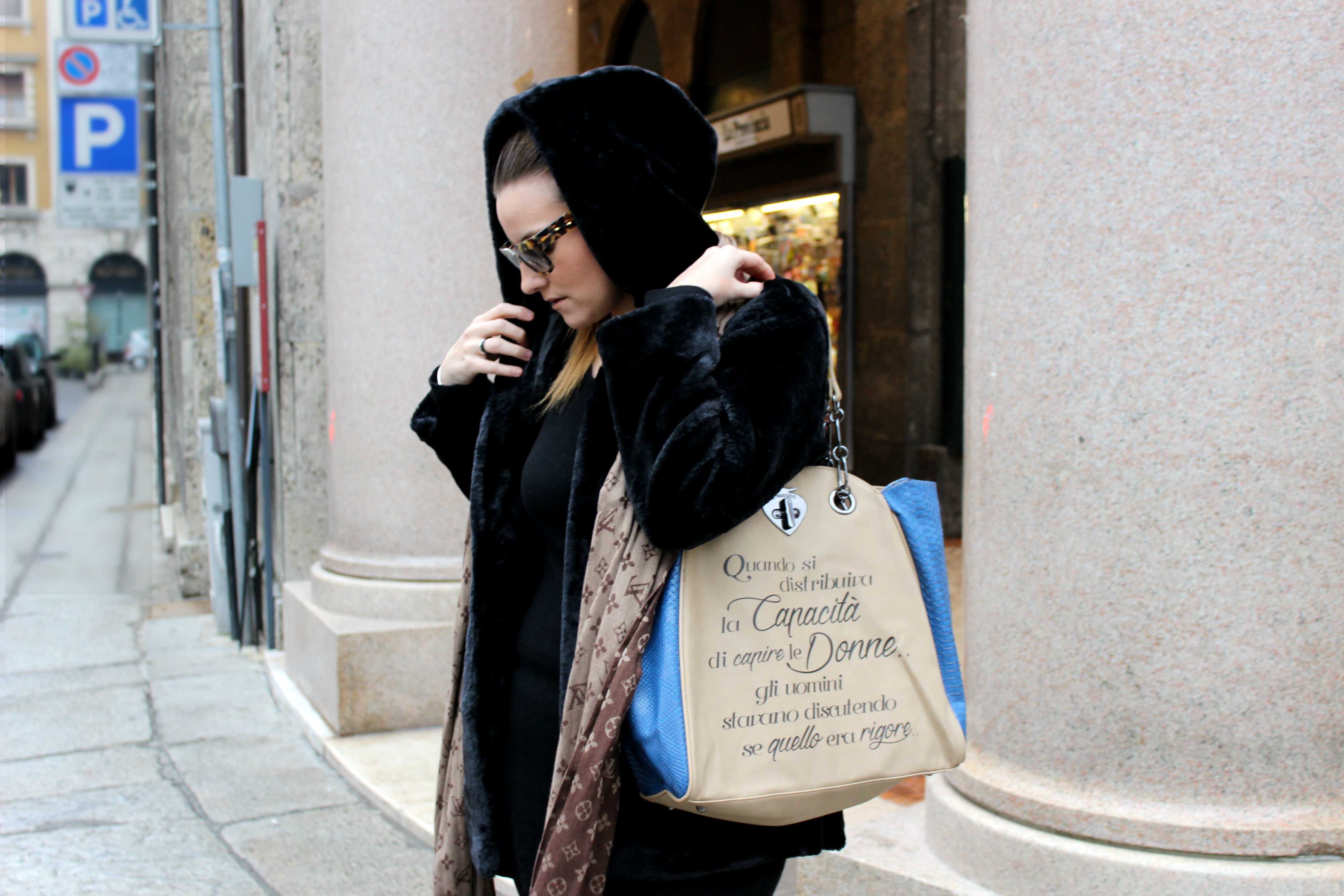 LEPANDORINE-bag-cheap-furcoat-prada-sunglasses5