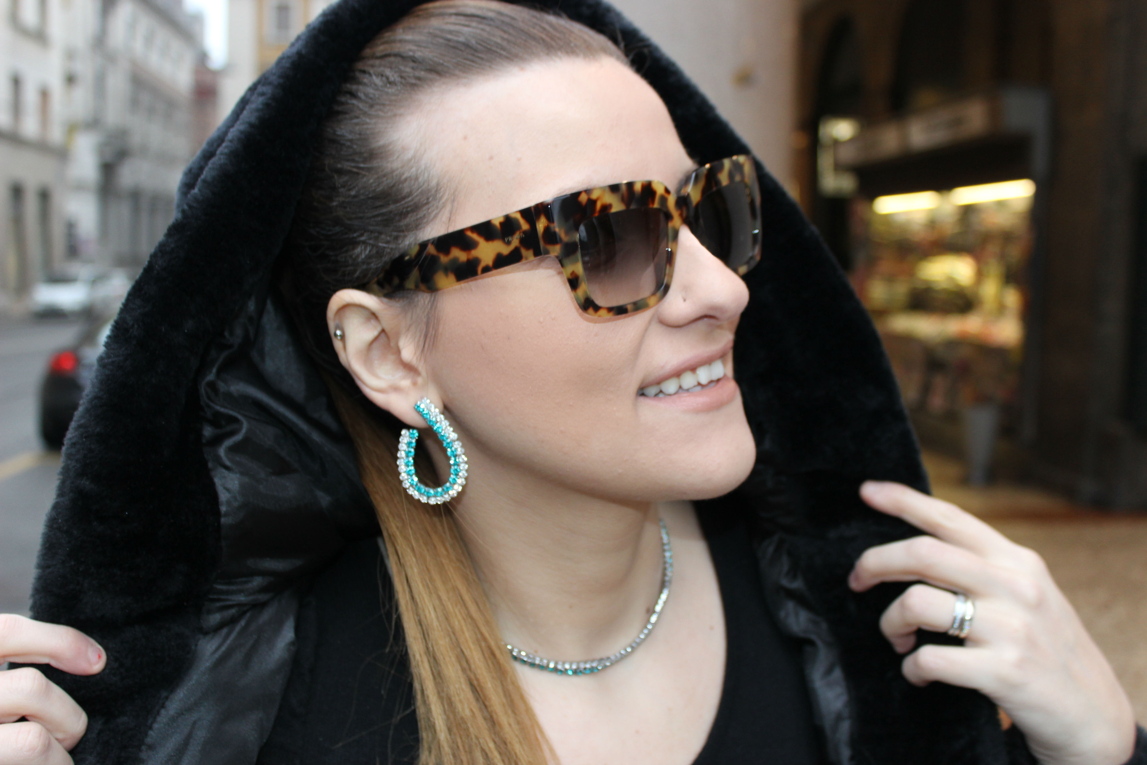 LEPANDORINE-bag-cheap-furcoat-prada-sunglasses8