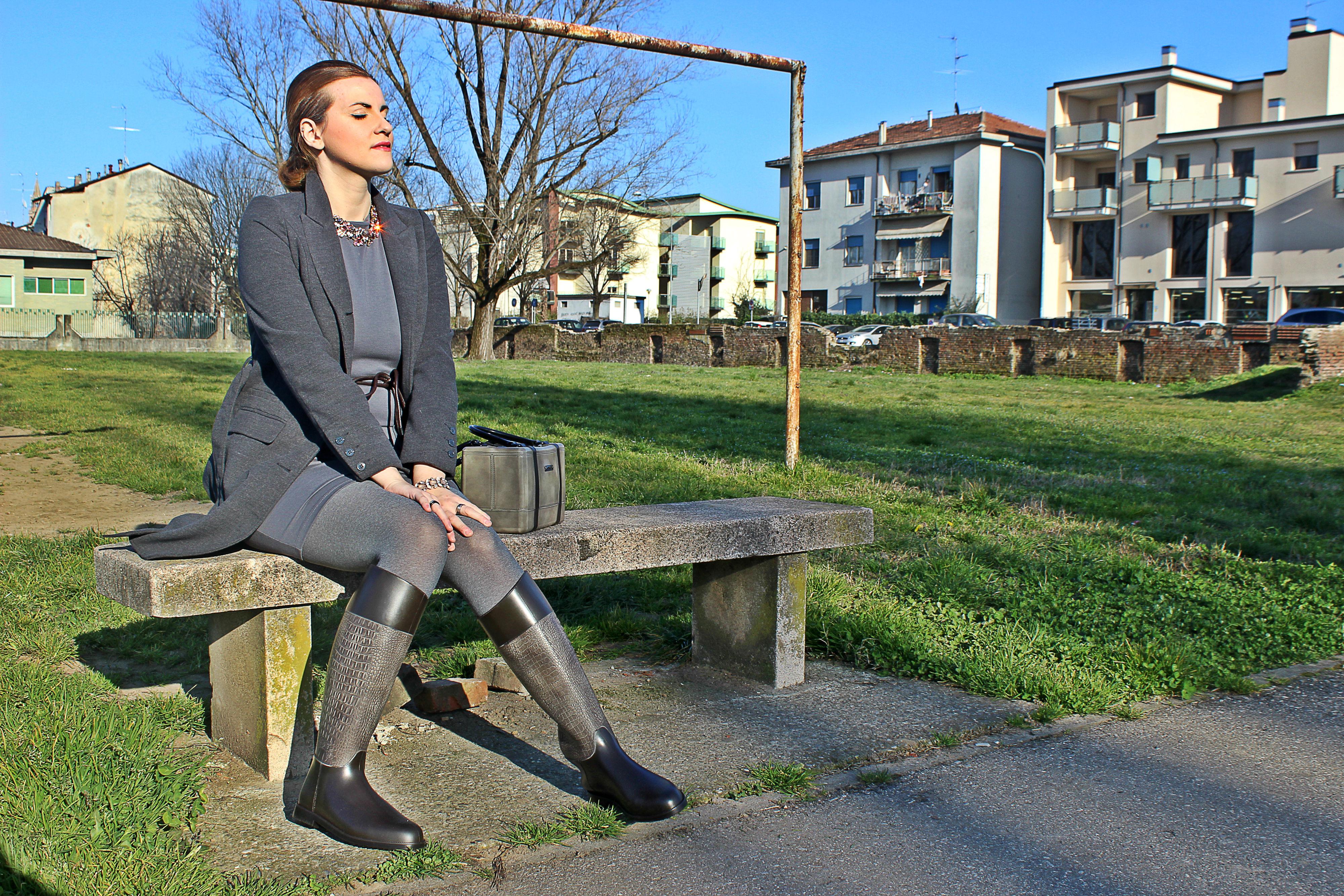 CHIARA-BELLINI-boots-bag-pvc-elisabettabertolini-daylook-outfit-madeinitaly2