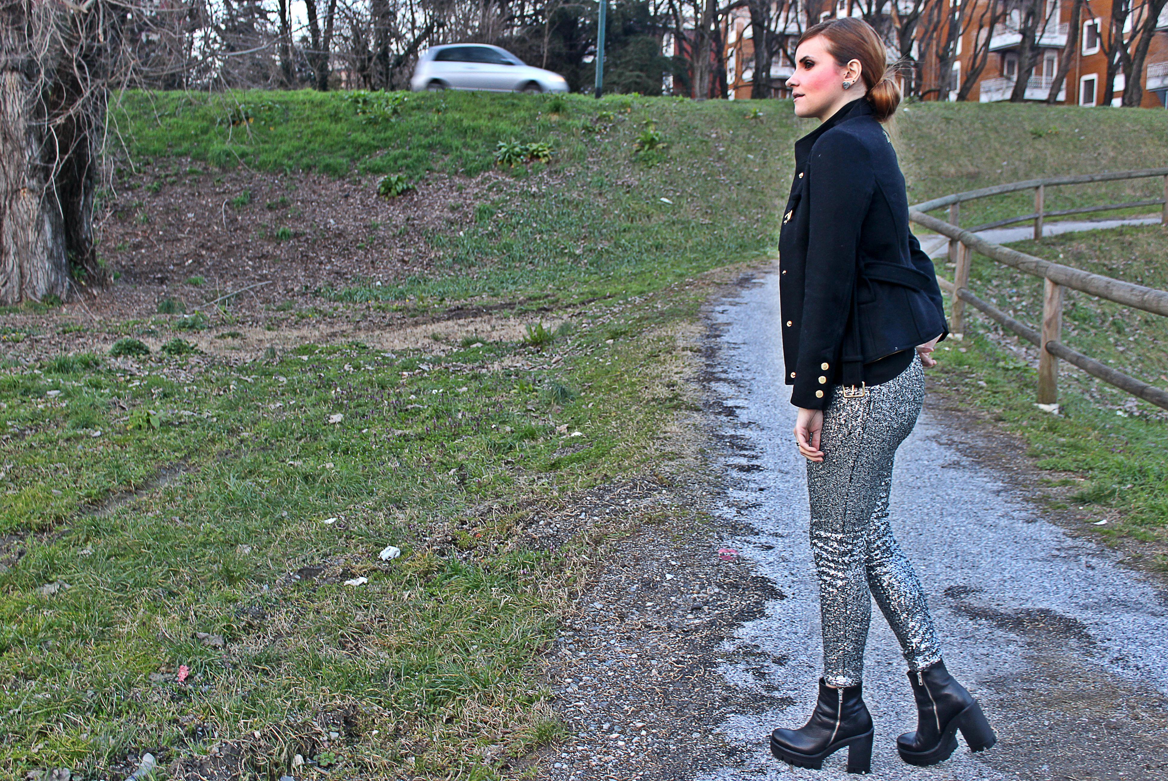 elisabettabertolini-sequinpants-silver-desigualjackets-woman3