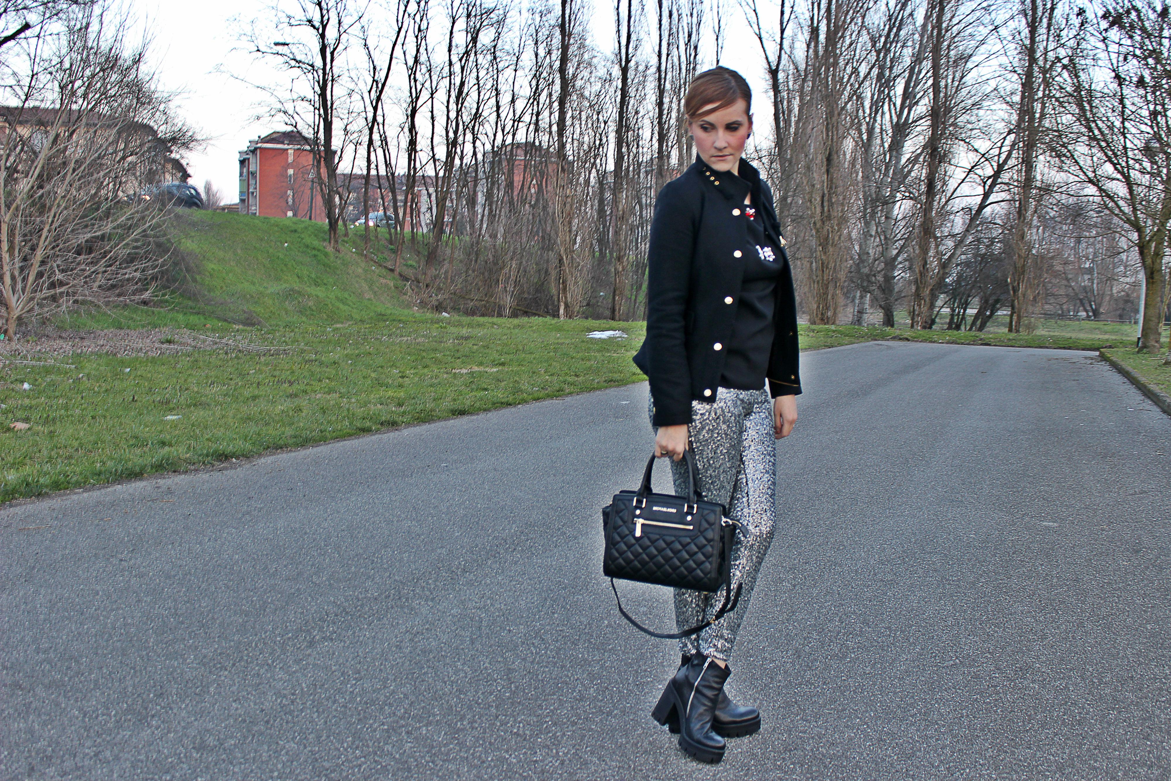 elisabettabertolini-sequinpants-silver-desigualjackets-woman4