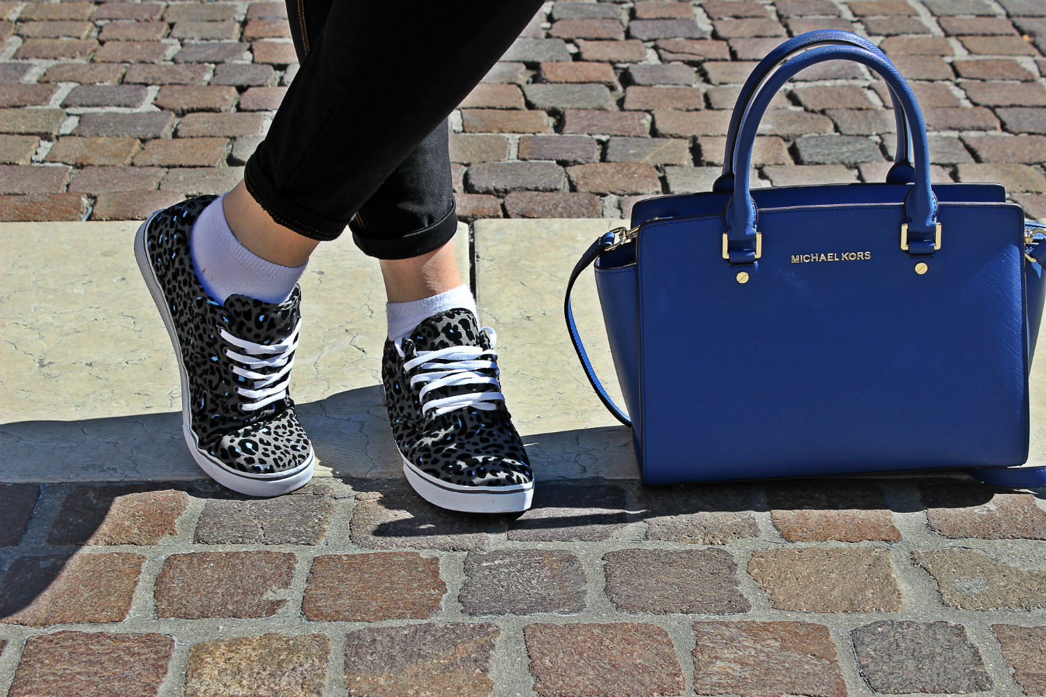 VANS-BLU-ROYAL-BLUMARINE-SUNGLASSES-MICHAELKORS-BAG-SPORTIT-SHOP-ONLINE6