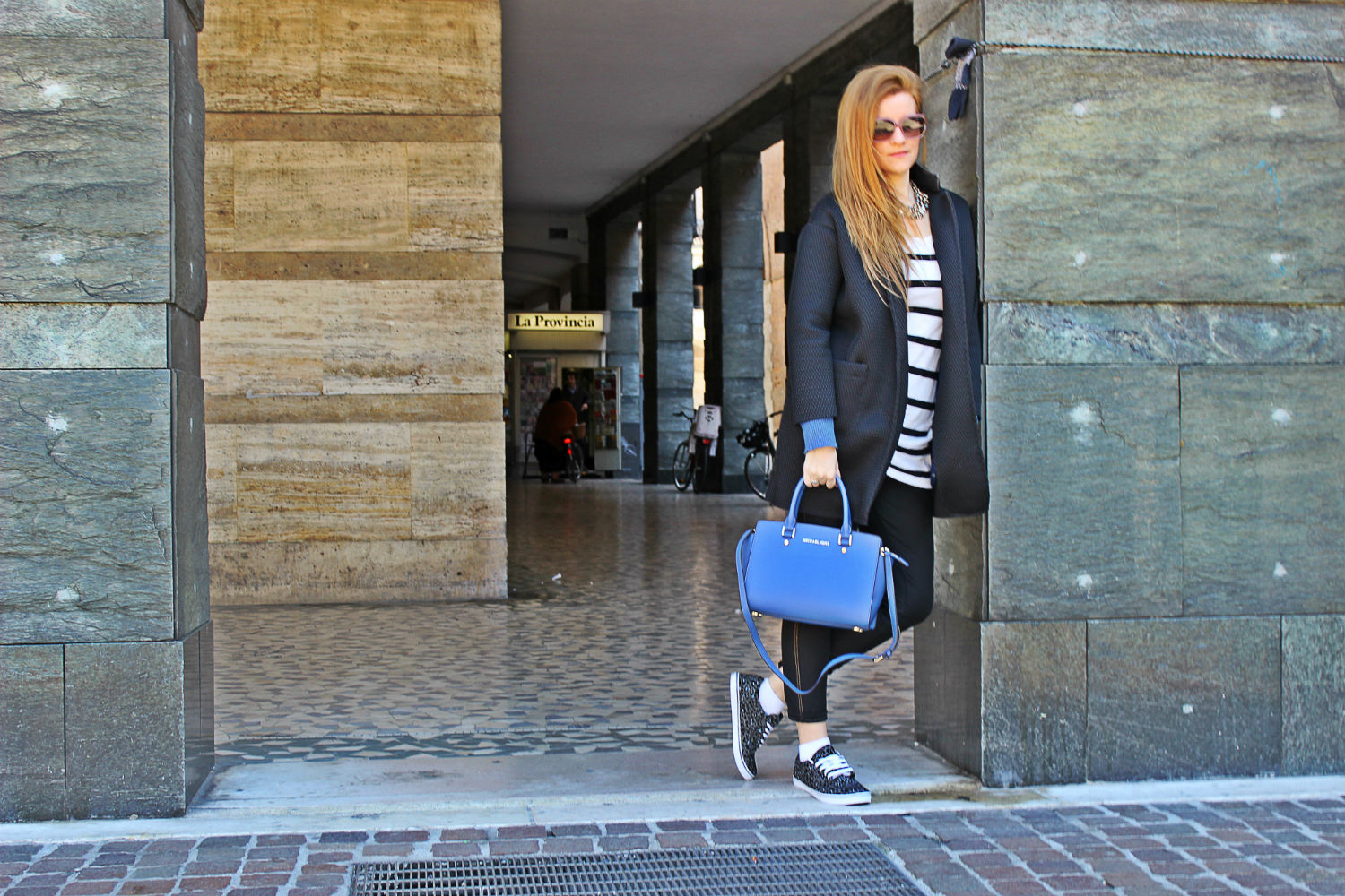 VANS-BLU-ROYAL-BLUMARINE-SUNGLASSES-MICHAELKORS-BAG-SPORTIT-SHOP-ONLINE7
