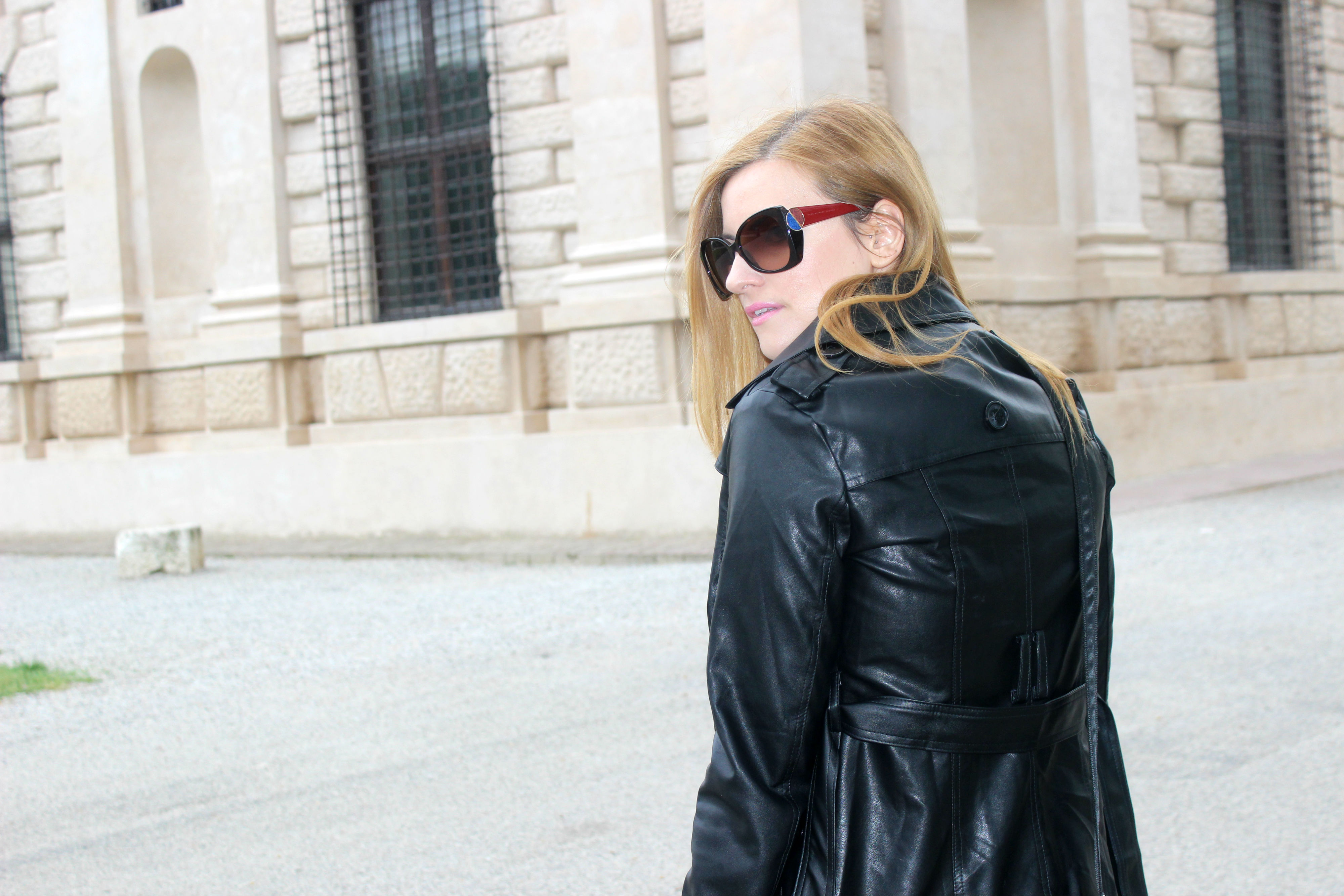 elisabettabertolini-baco-da-seta-outfit-leathertrench-marcjacobs-sunglasses12