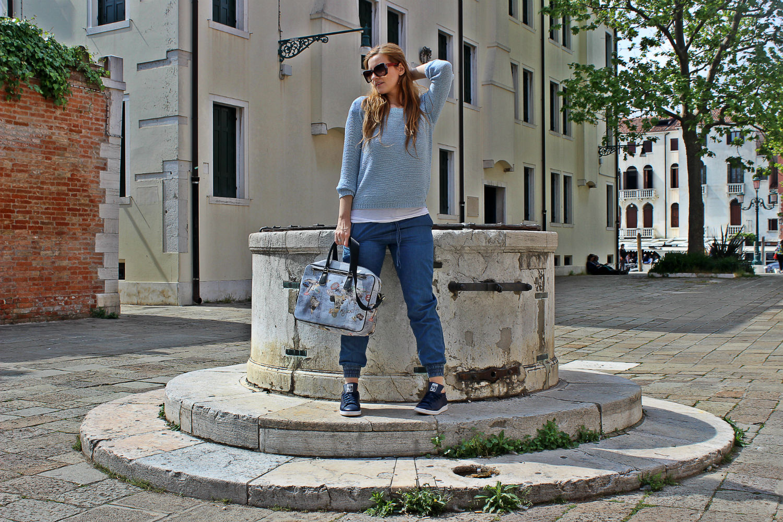 YNOT-MIlano-bag-stansmit-adidas-outfit-fashionblog-elisabettabertolini