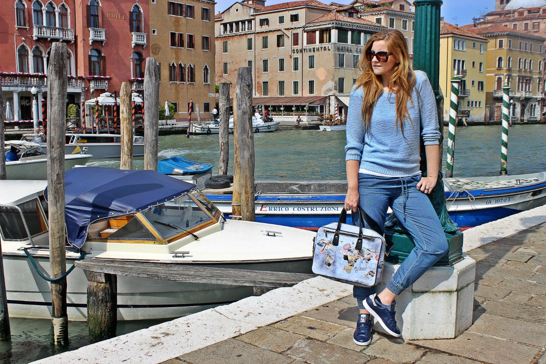 YNOT-MIlano-bag-stansmit-adidas-outfit-fashionblog-elisabettabertolini3