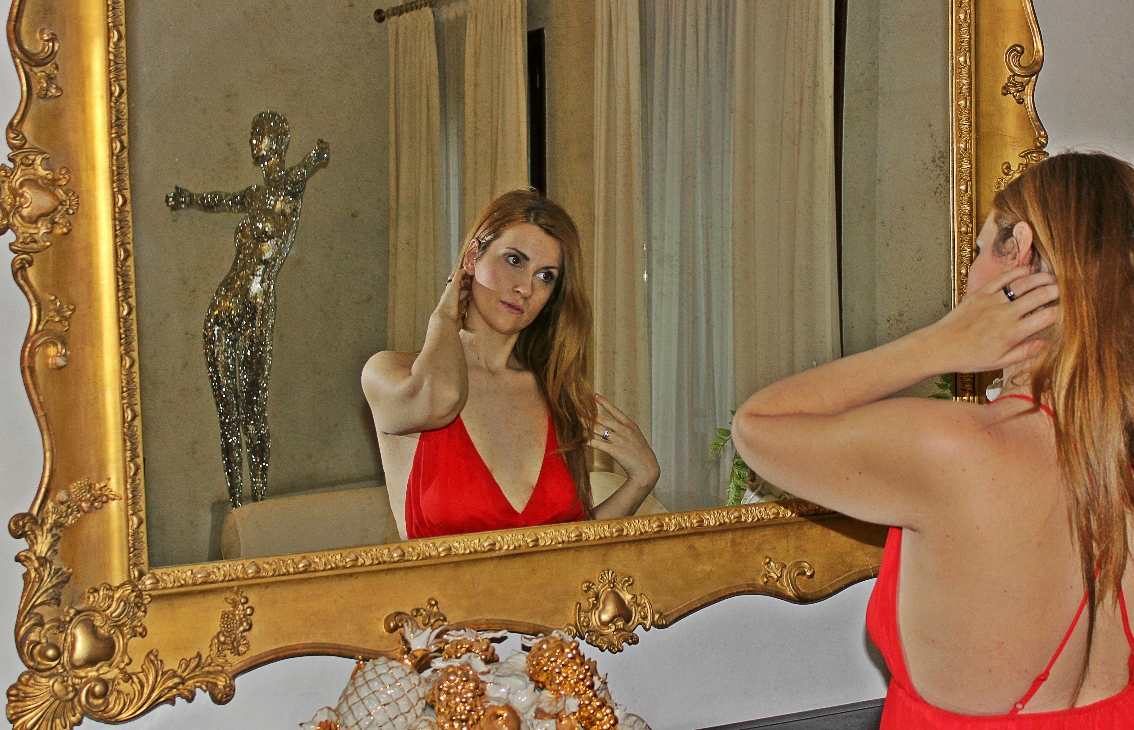 elisabettabertolini-femminilità-unabitorosso-abitolungo-abitosera-znu-outfit-elegance-fashionblogge4