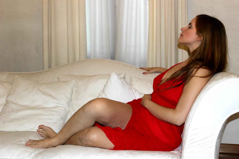 elisabettabertolini-femminilità-unabitorosso-abitolungo-abitosera-znu-outfit-elegance-fashionblogge7