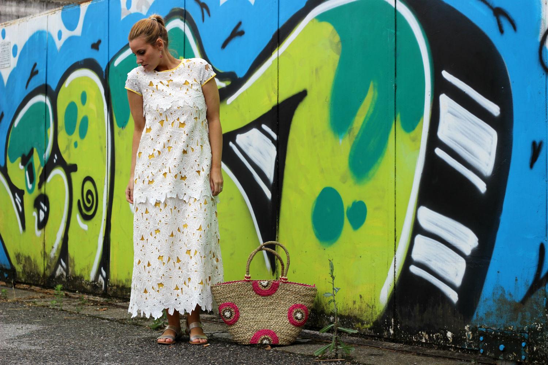 abito lungo pizzo principesse metropolitane look moda donna elisabetta bertolini camomilla italia