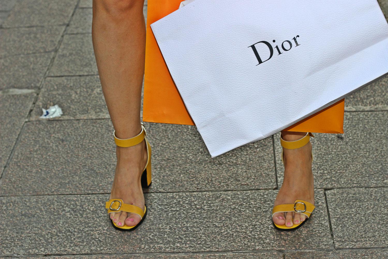 dior shopping bag scarpe castaner elisabetta bertolini