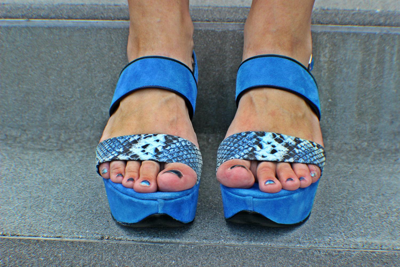 peperosa shoes azzurre pitone