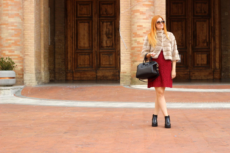 ELISABETTA BERTOLINI fashion blogger viaggio recanati abito indeependent
