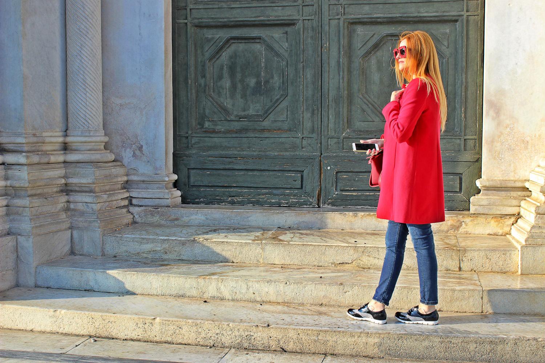 elisabetta bertolini cappotto rosso