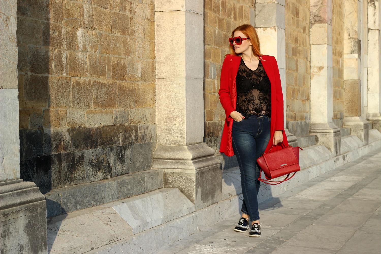 elisabetta bertolini fashion blogger cappotto rosso outfit autunno POIS abbigliamento donna