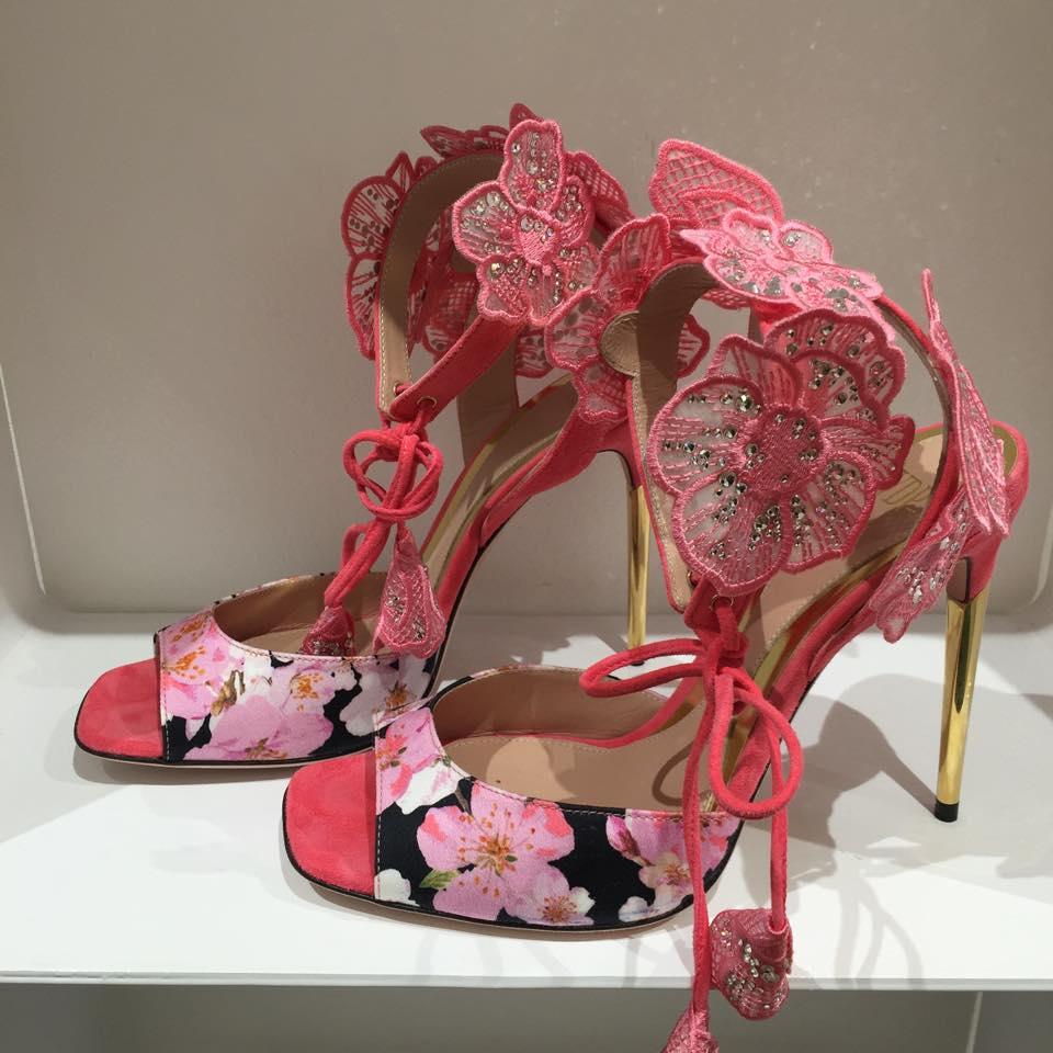 sandali con fiori a rilievo - VDP - SS2016