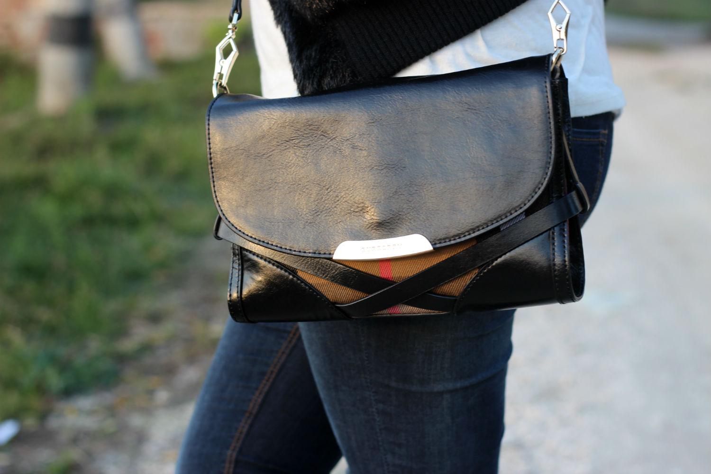 burbarry bag - trends borse and denim - blog moda
