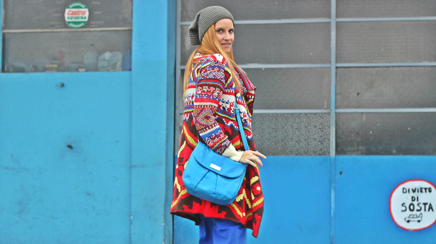 elisabetta bertolini cardigan cozy desigual - moda donna - trends etnici - fashion editoriale