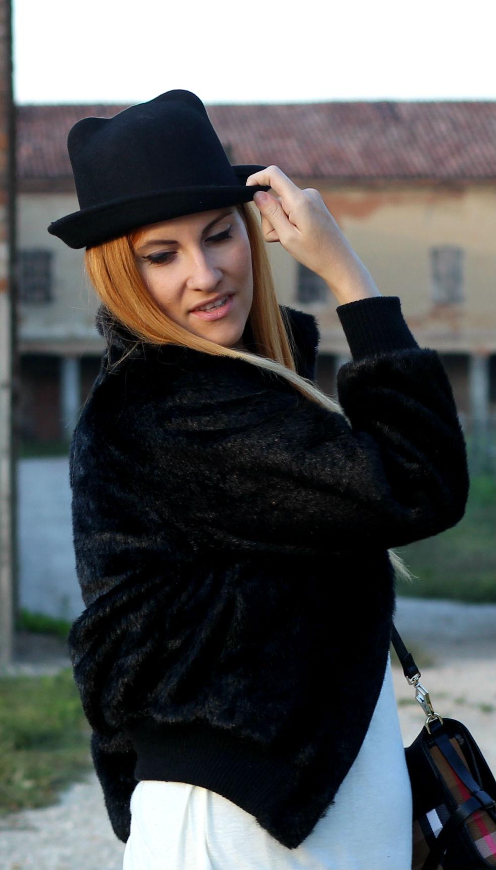 elisabetta bertolini - top fashion blogger - tendenze cappelli - cappelli con orecchie gatto