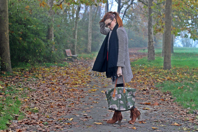 Elisabetta Bertolini - outfit - robertina bag - robertina pieri borsa oversize - modress fringe boot