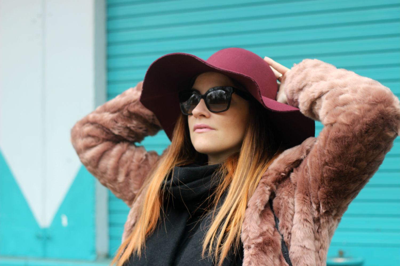 cappello tesa larga burgundi - color marsala - pelliccia -must have winter 2016