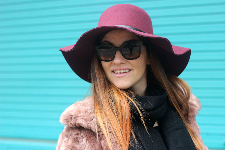 cappello tesa larga kiabi e occhiali da sole prada by giarre - fashion blog italia