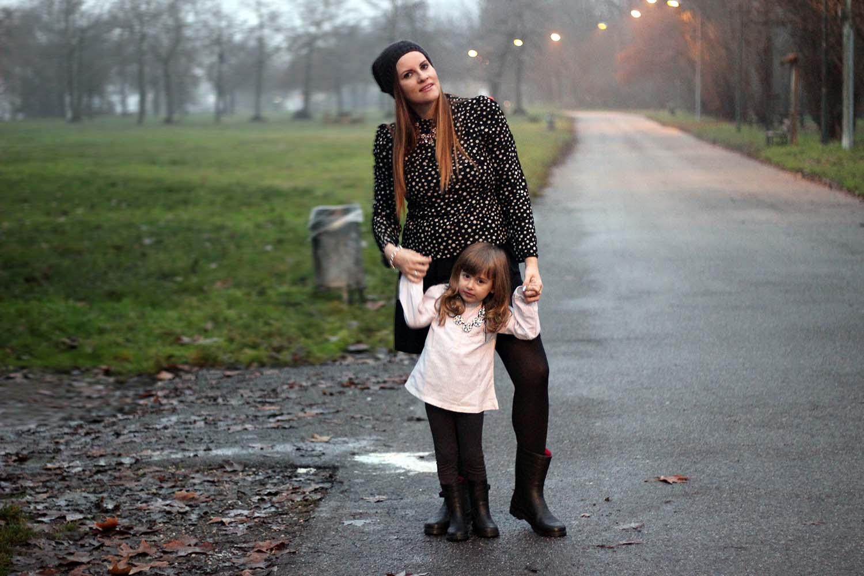 ELISABETTA BERTOLINI GAIA MASSERONI MAMMA E FIGLIA BLOGGER ITALIANE - OUTFIT FAMILY LOOK BE ONLY STIVALI