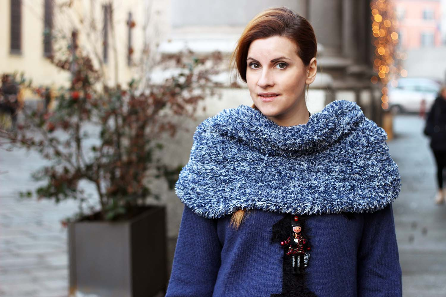 LOOK NERO E BLU AVIO FASHION BLOGGER INCINTA ELISABETTA BERTOLINI
