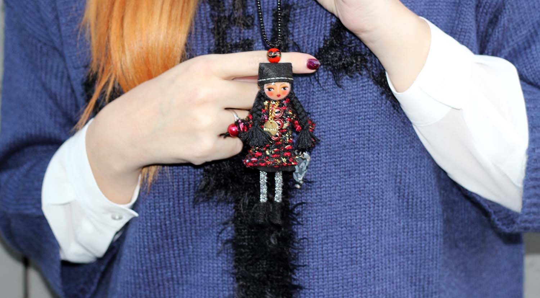 le briciole collana a forma di bambola collana pendente hse24.it