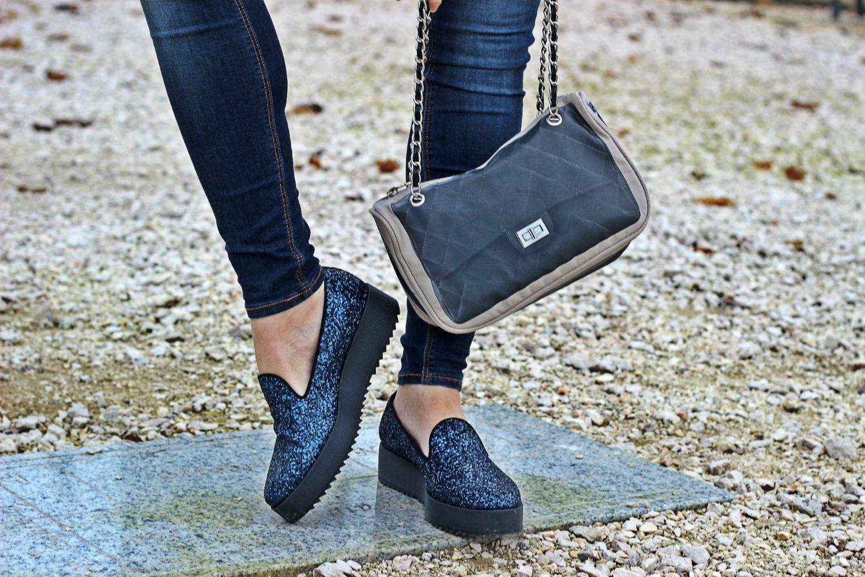 pomikaki tokio bag e scarpe slipon con piattaforma e glitter