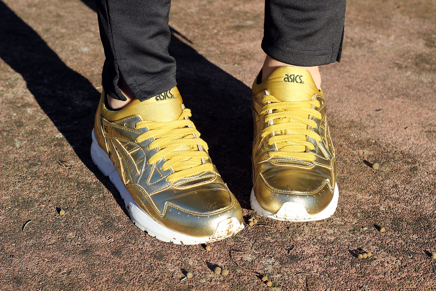 ASICS TIGER GEL LYTE V TOTAL GOLD - SCARPE ORO -