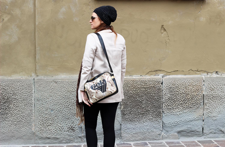 borsa a tracolla gola stampa in rettile elisabetta bertolini fashion editorial spring look 2016