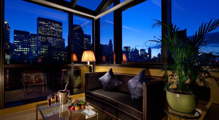 l' Hotel Plaza Athénée a New York