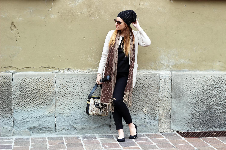suede coat elisabetta bertolini fashion  blogger italiane soprabito primavera look very simple