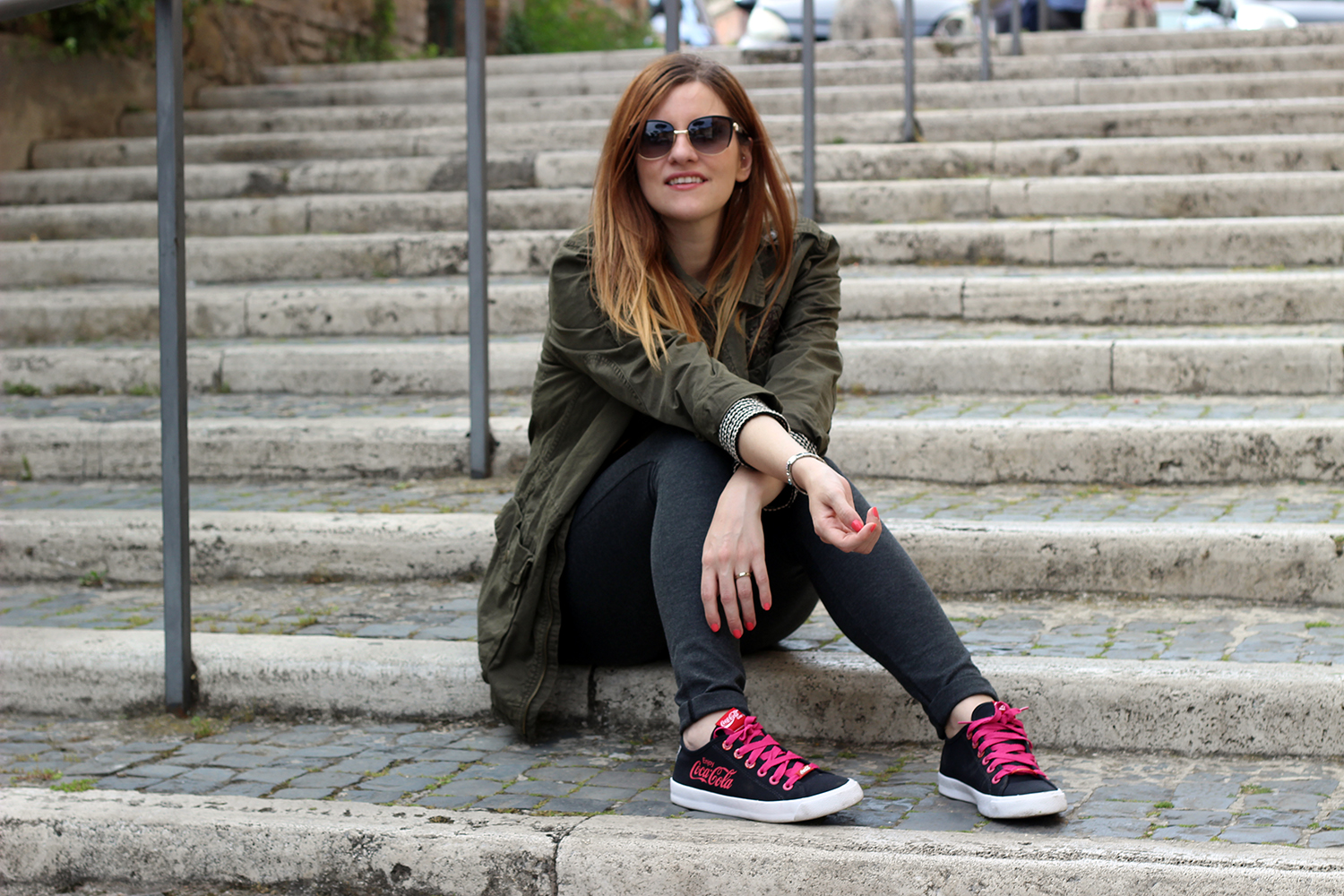 ELISABETTA BERTOLINI FASHION BLOGGER CHE SORRIDONO OUTFIT COCACOLA SHOES