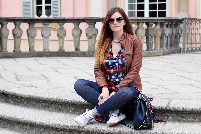 ELISABETTA BERTOLINI FASHION BLOGGER ITALIANE OUTFIT CASUAL CAMICIA LUNGA TARTAN