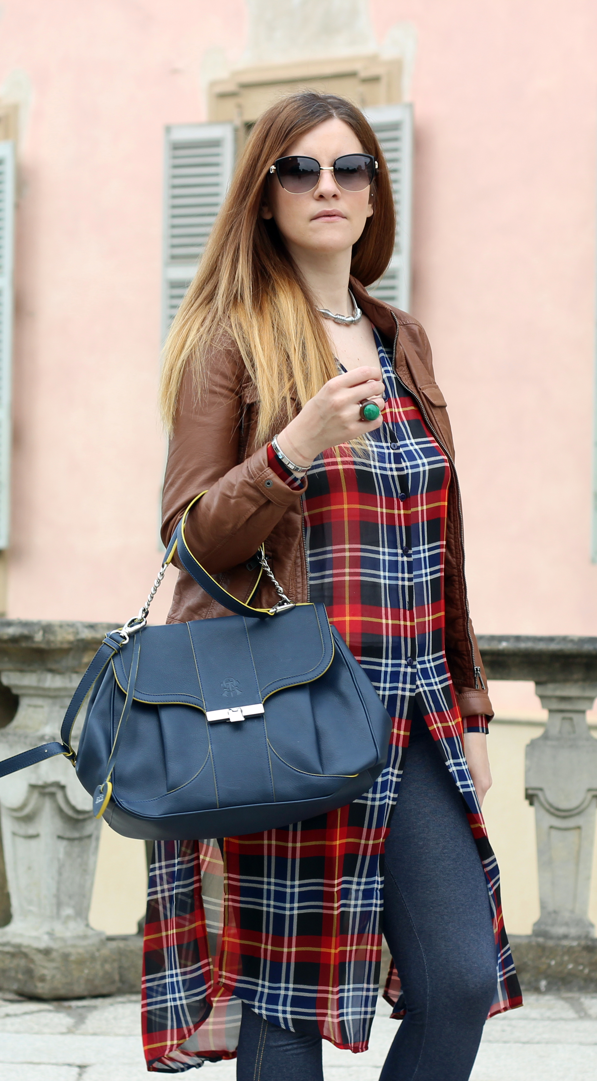 ELISABETTA BERTOLINI FASHION BLOGGER OUTFIT TARTAN LONG SHIRT