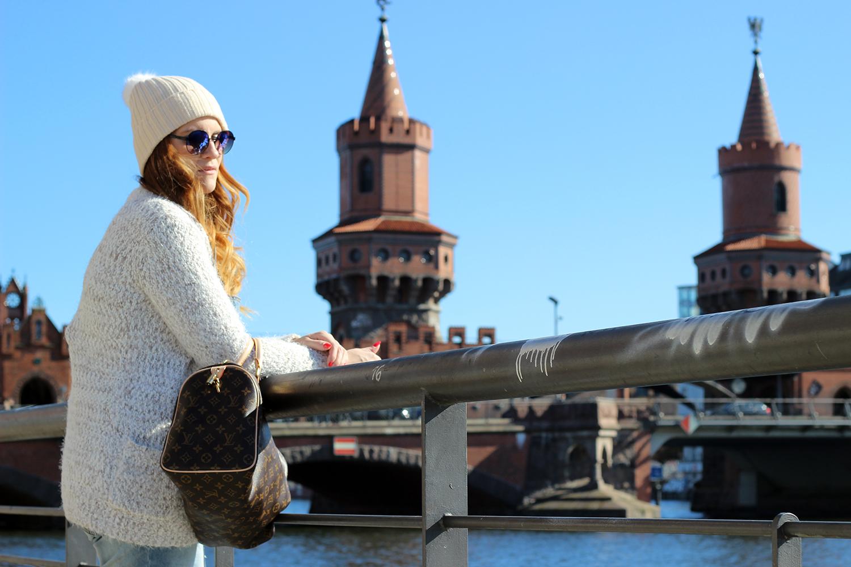 elisabetta bertolini fashion blogger visita a berlino look da viaggio