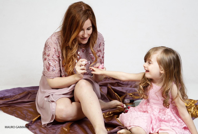 elisabetta bertolini gaia masseroni abito rosa confetto moda mamma e figlia su zalando