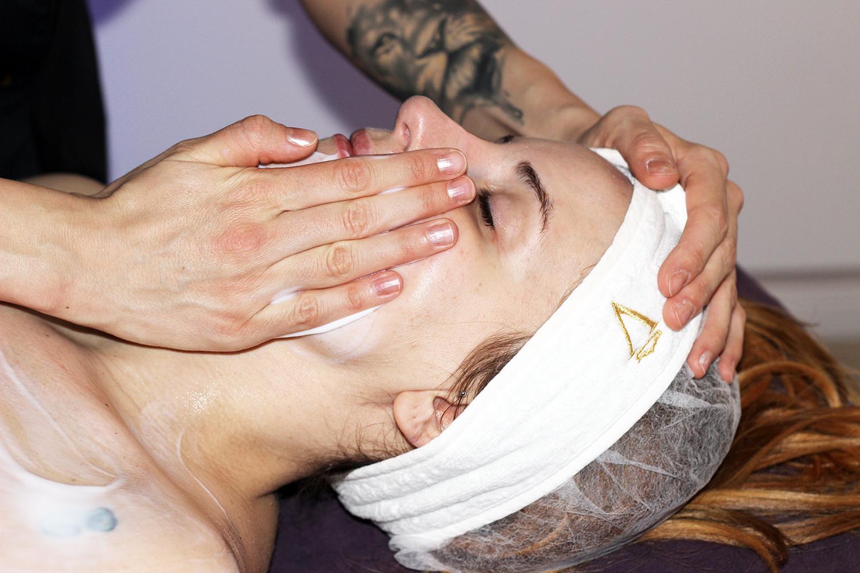 elisabetta bertolini trattamento viso idratante valmont
