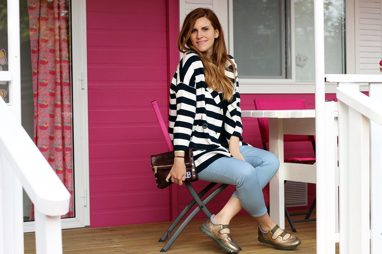 181 scarpe kiabi pantaloni azzurri miss coquines italia cappotto a righe maglia kelis fashion