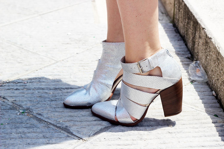 cut boots silver cinti