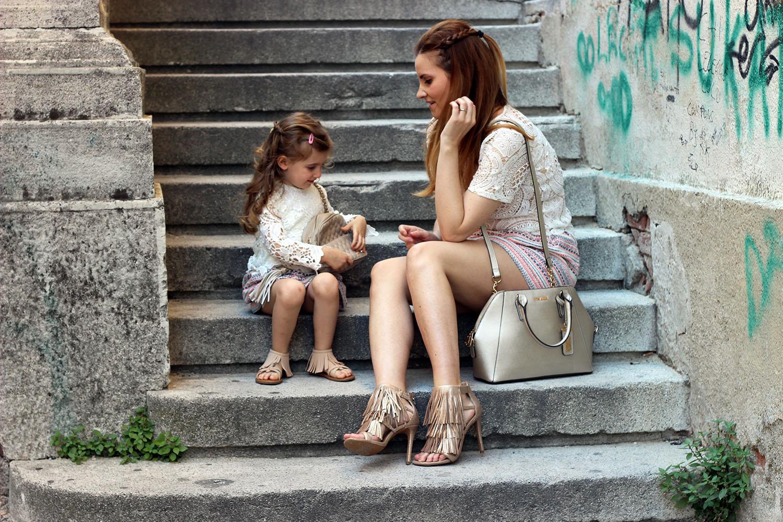 estate moda donna e bambina steve madden sandali frange