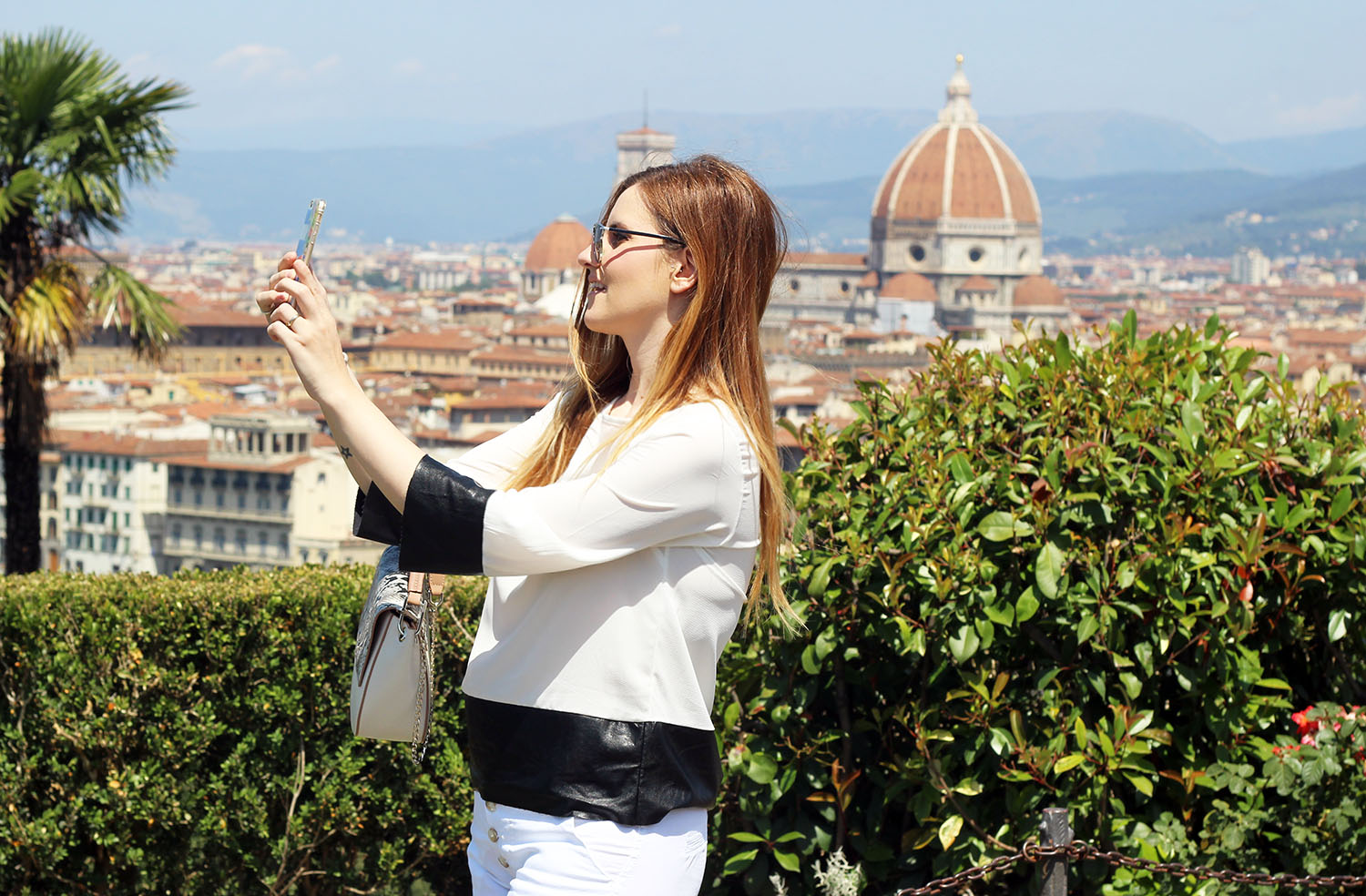 fashion_blogger_a_firenze_piazzale_michelangelo_selfie