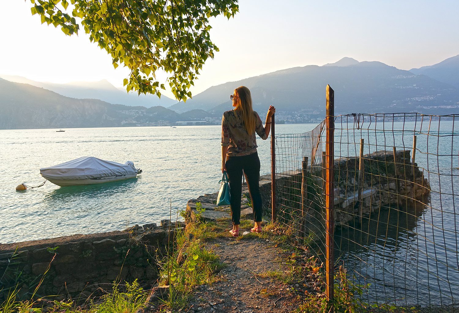 LAGO_ISEO_BLOGGER_OUTFIT
