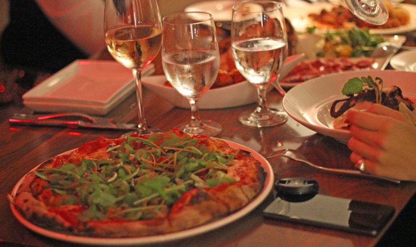 pizza_conrad_hotel_newyork