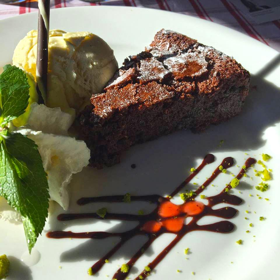 torta al cioccolato svizzero