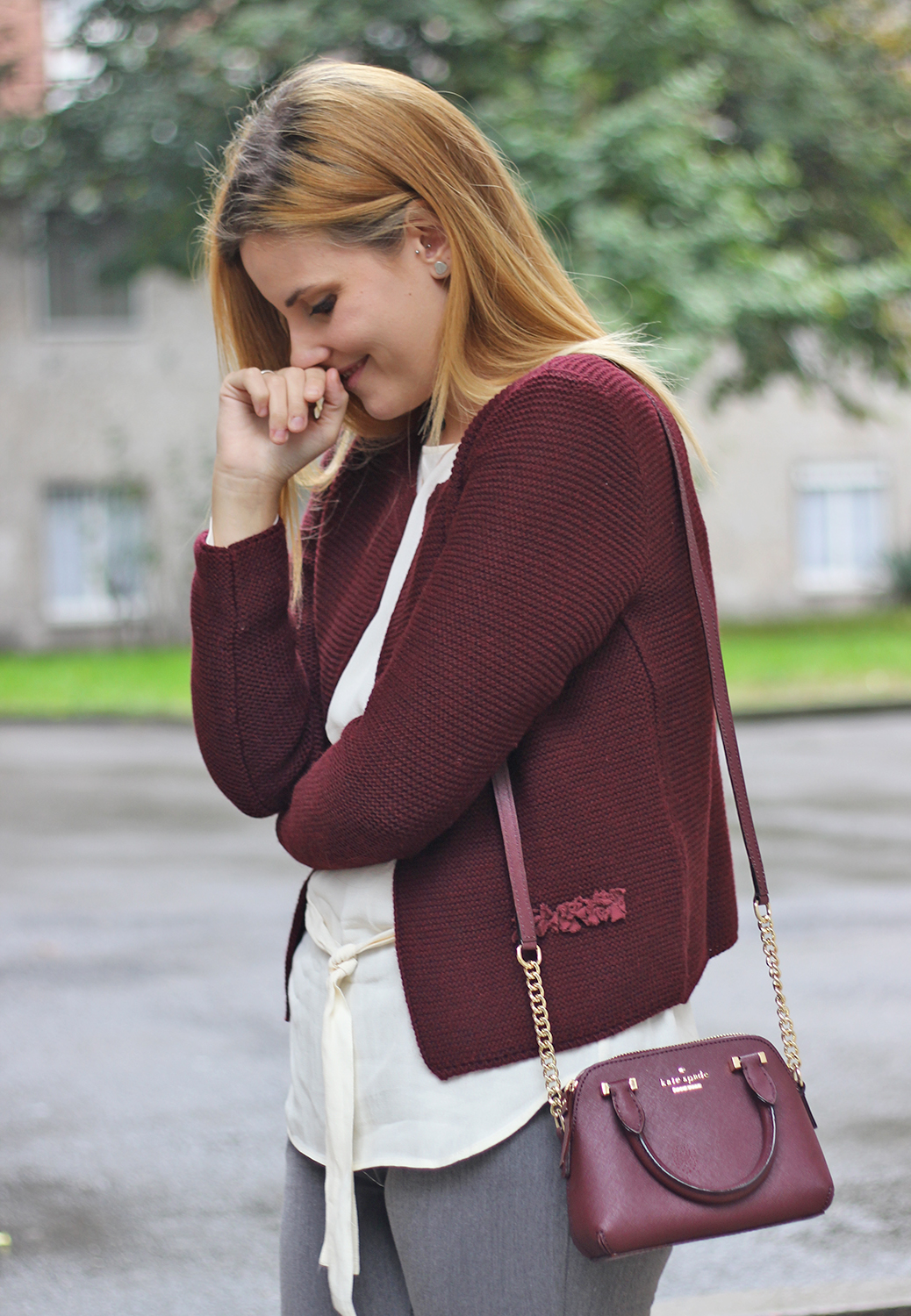 cardigan bordeaux outfit