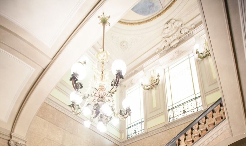 palazzo giureconsulti italian wedding style